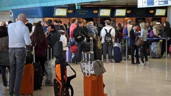 comprare biglietto aereo in aeroporto