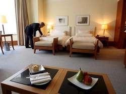 rifiuto rimborso albergo