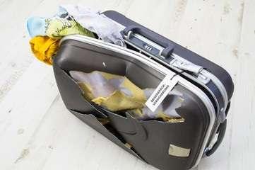Bagaglio danneggiato United Airlines. Richiedi il rimborso del biglietto aereo grazie alla nostra assistenza gratuita