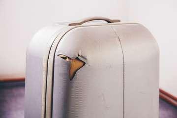 Cubana Aviacion rimborso del bagaglio danneggiato grazie alla nostra assistena gratuita. Contattaci ora per maggiori info.