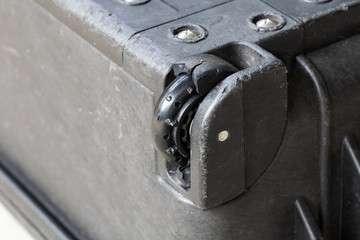 Ghana-Airways-bagaglio-danneggiato
