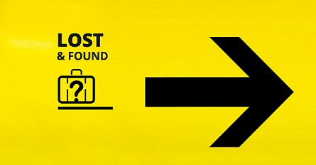 Insegna ufficio Lost & Found dove poter effettuare denunce per un bagaglio smarrito o bagaglio danneggiato